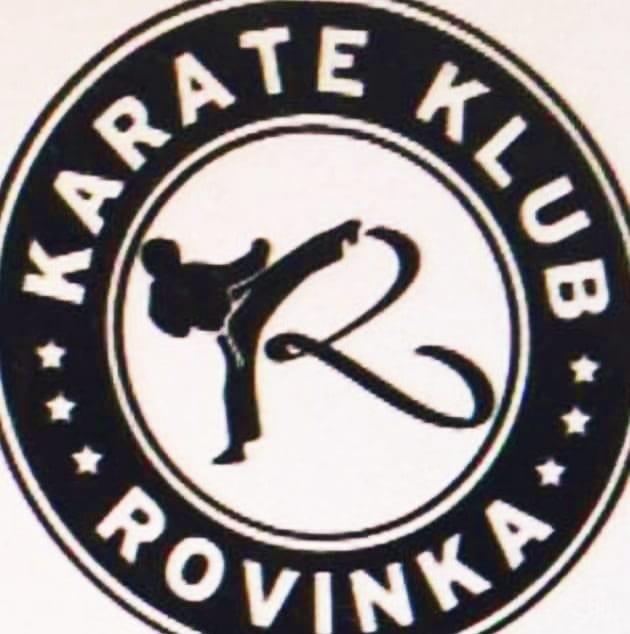 https://karate-slovakia.sk/wp-content/uploads/Rovinka-Logo.jpg