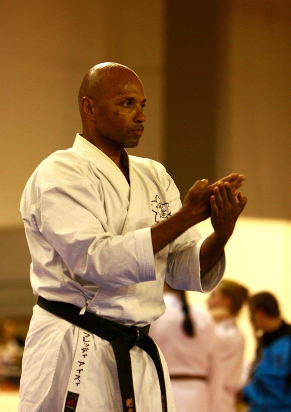 https://karate-slovakia.sk/wp-content/uploads/fredy6.jpeg